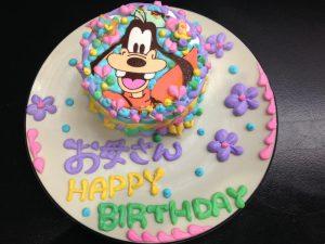 グーフィーのキャラクターケーキ