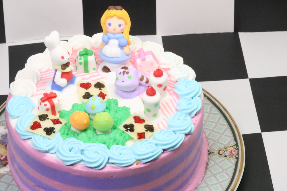 愛知県で可愛いアリスケーキ